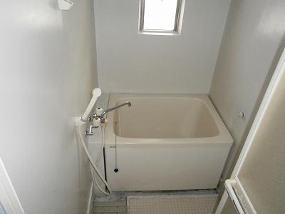 ビラージ・十塚 102号室の風呂