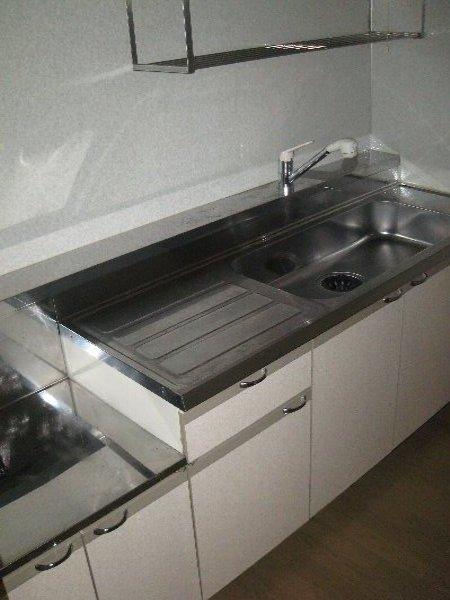 T,s Marcher 2-B号室のキッチン