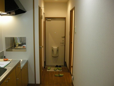 ソレイユハイヅ 105号室の玄関