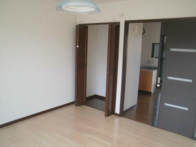 青木ヒルズα-3 203号室の収納