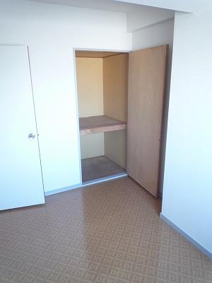 第2みゆきビル 202号室の収納