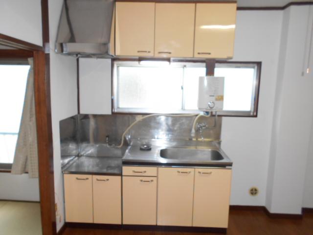 第二コーポ保木間 201号室のキッチン