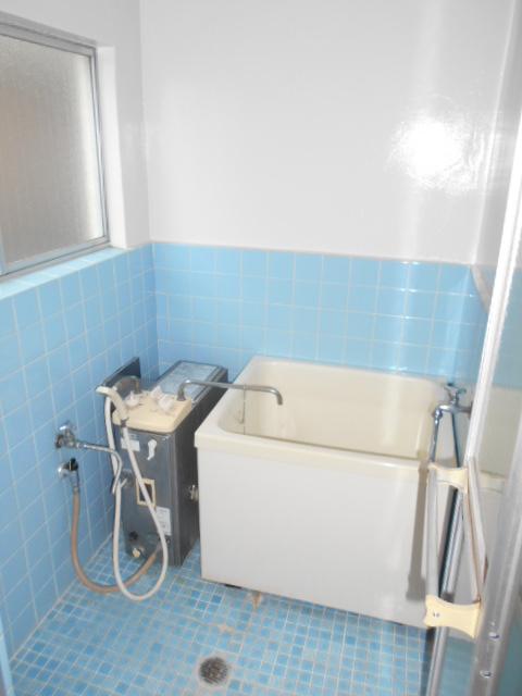 第二コーポ保木間 201号室の風呂