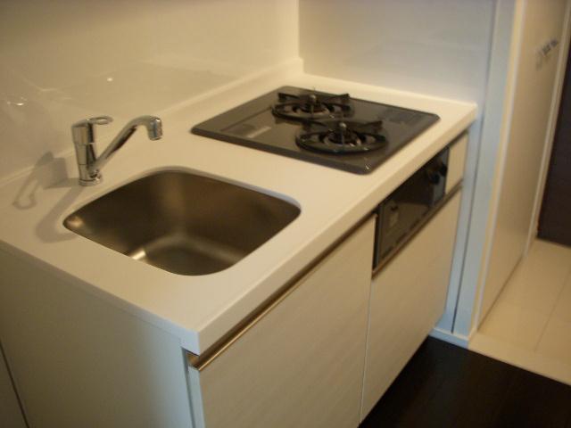 PREMIUM CUBE東十条Aria 306号室のキッチン