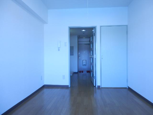 ドミールナカムラ 405号室のベッドルーム