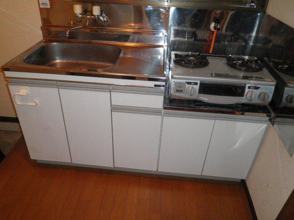 岩曽レインボーコーポ 10号室のキッチン