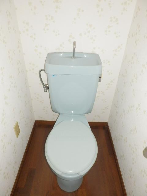 フェアステージ525 203号室のトイレ
