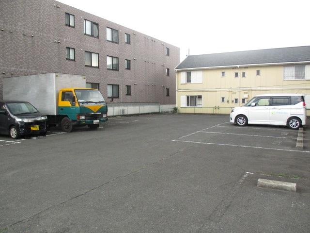サンドビル2 203号室の駐車場