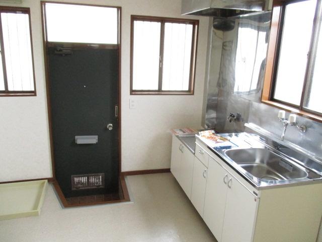 コーポ和気 107号室の洗面所