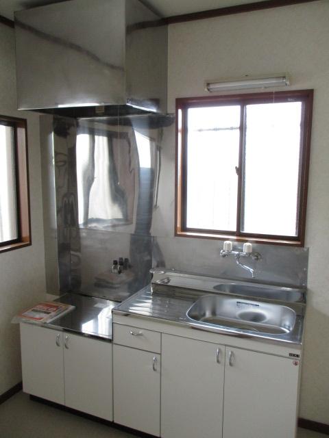 コーポ和気 107号室のキッチン