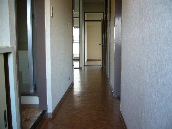 セントラルハイツ 103号室の玄関