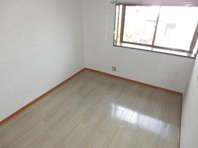 コーポ川俣 202号室のリビング
