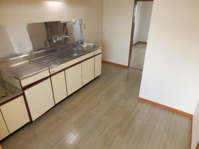 コーポ川俣 202号室のキッチン