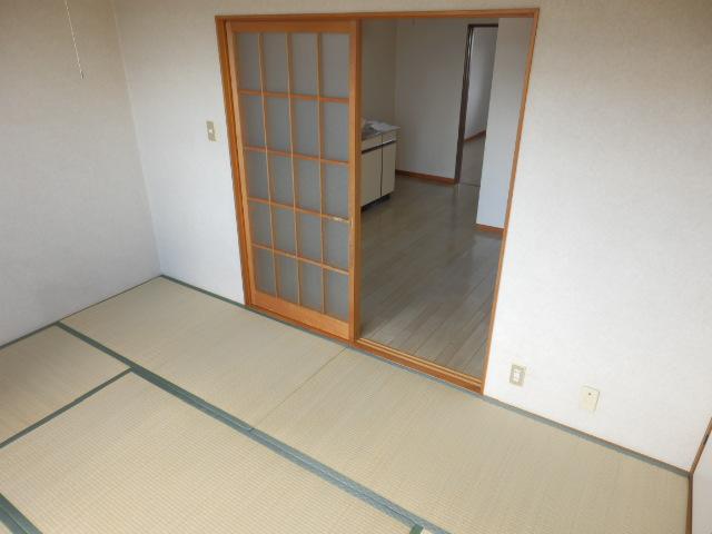 コーポ川俣 202号室のベッドルーム