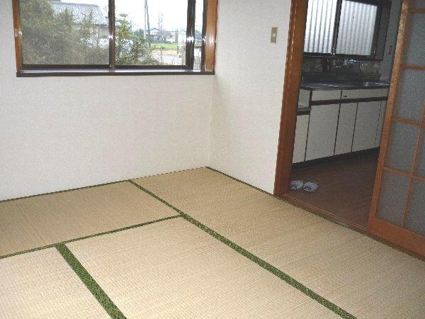 コーポ川俣 103号室のリビング