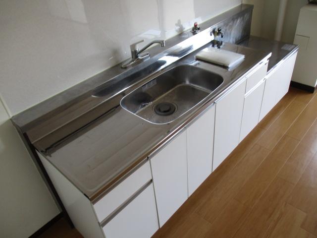 中村ハイツ 303号室のキッチン