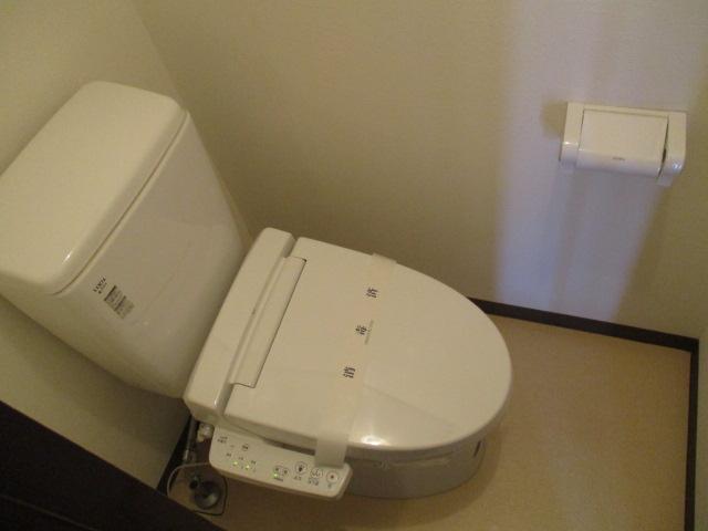 中村ハイツ 303号室のトイレ