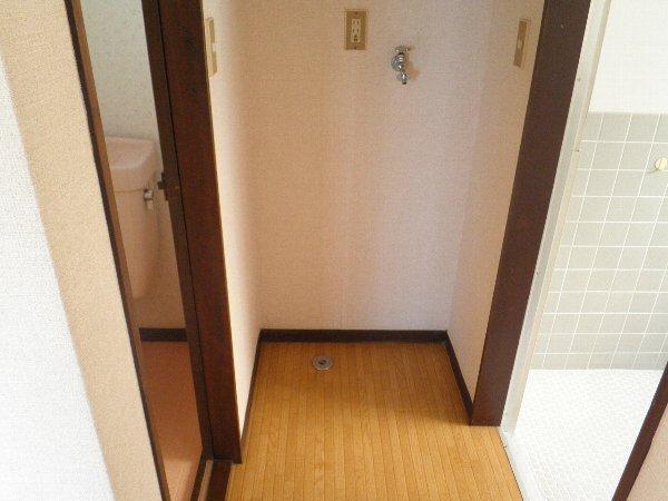ヘレンハウゼA 201号室のその他