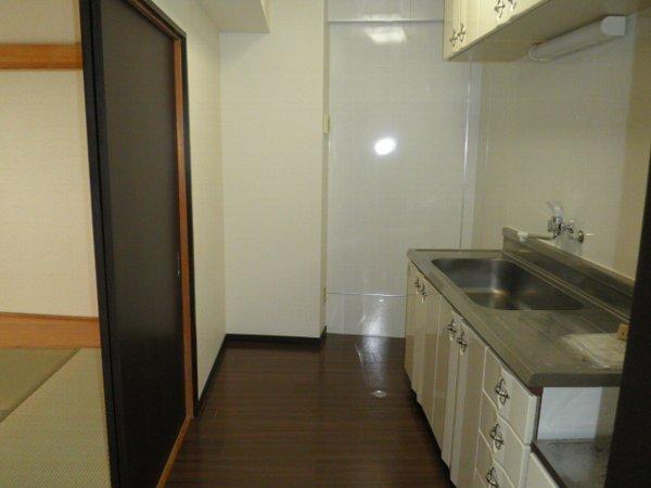 コーポブルースカイ 403号室のキッチン