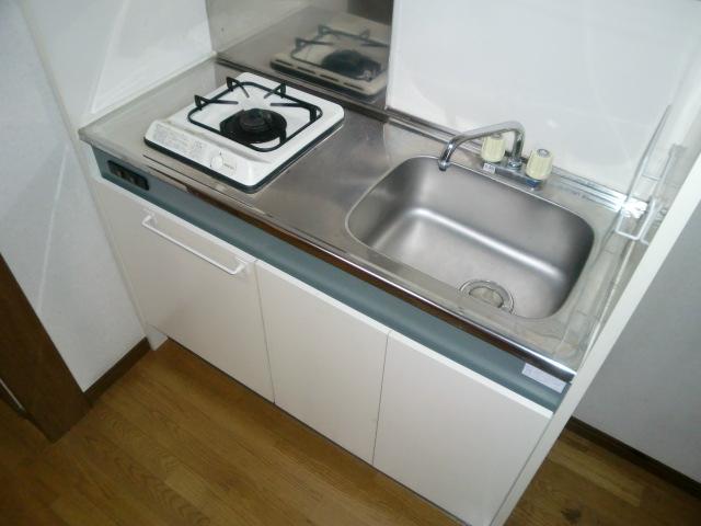 コーポアルタⅢ 205号室のキッチン