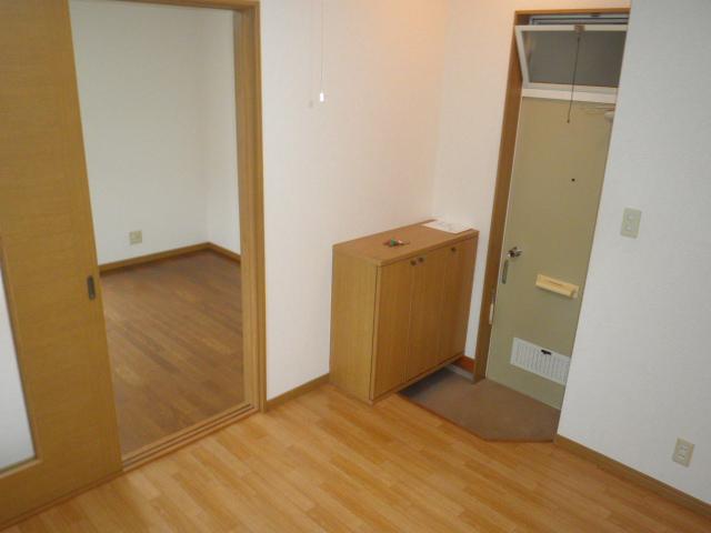 さくらハイツ 201号室の玄関