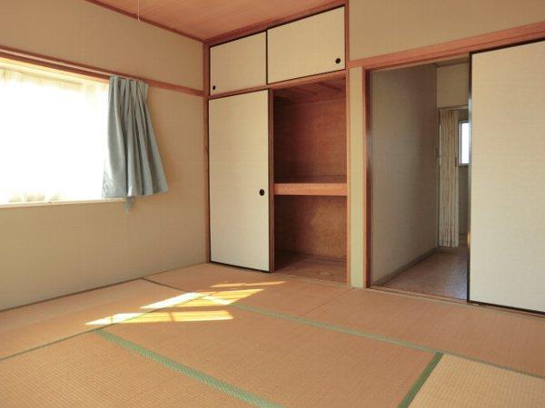 リトルワールド21 PART1 102号室の収納