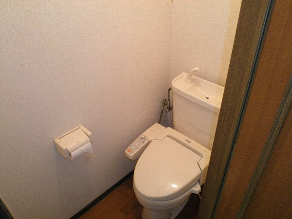 ピュアモールⅢ 202号室のトイレ