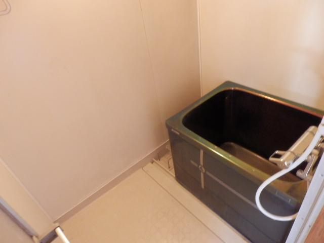 ソーラーみゆき 202号室の風呂