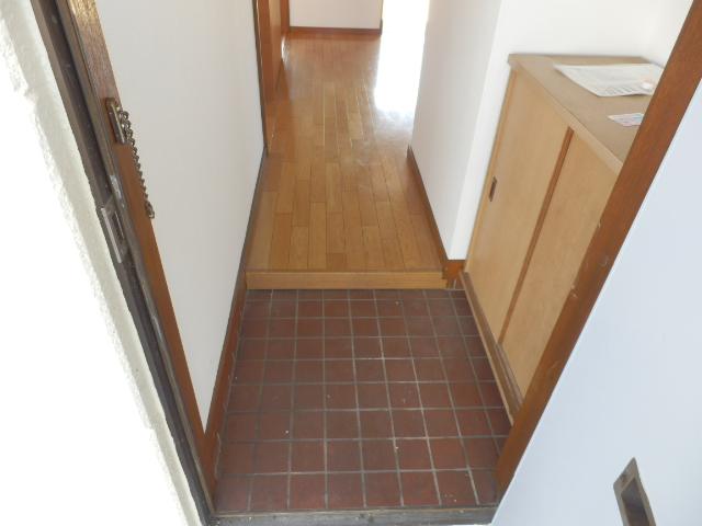 ソーラーみゆき 202号室の玄関