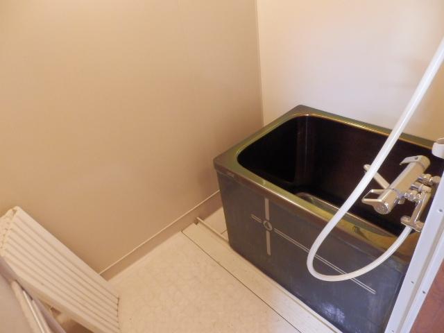 ソーラーみゆき 205号室の風呂