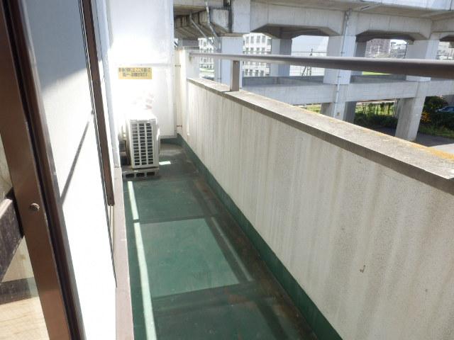 会津コーポ 306号室のバルコニー