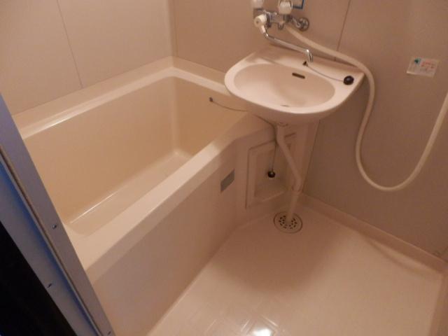 グリーンコーポ 101号室の風呂