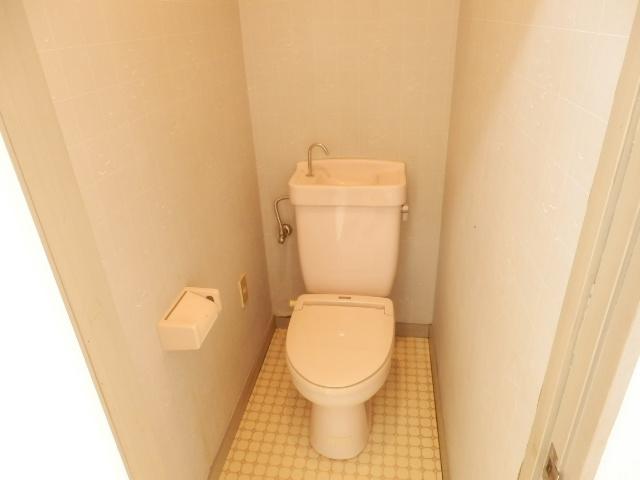 吉沢ハイツ 202号室のトイレ