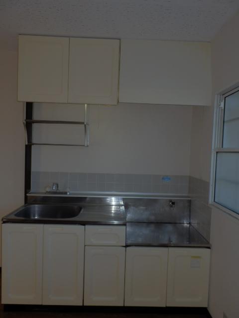 サンシティマガミ 201号室のキッチン