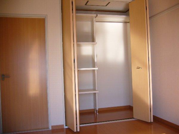 フレンド宝木A 206号室の収納
