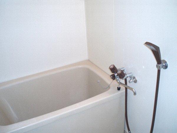 メゾングリーングラス 103号室の風呂