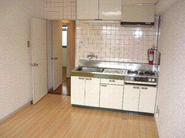 プラトー星 603号室のキッチン