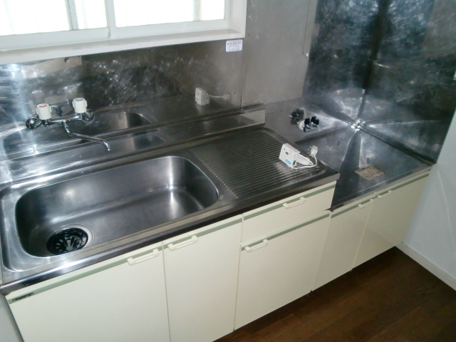 ハウスオブ鹿沼 103号室のキッチン