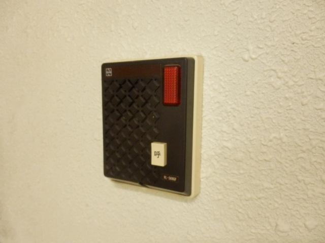 コープ・オリンピア今泉 402号室のセキュリティ