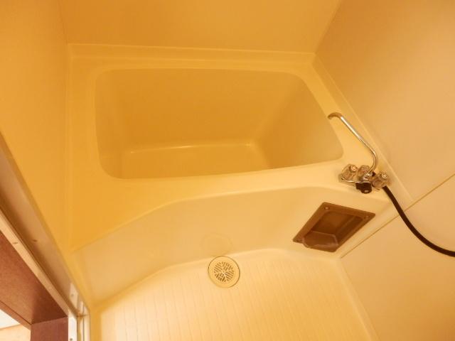 コープ・オリンピア今泉 402号室の風呂