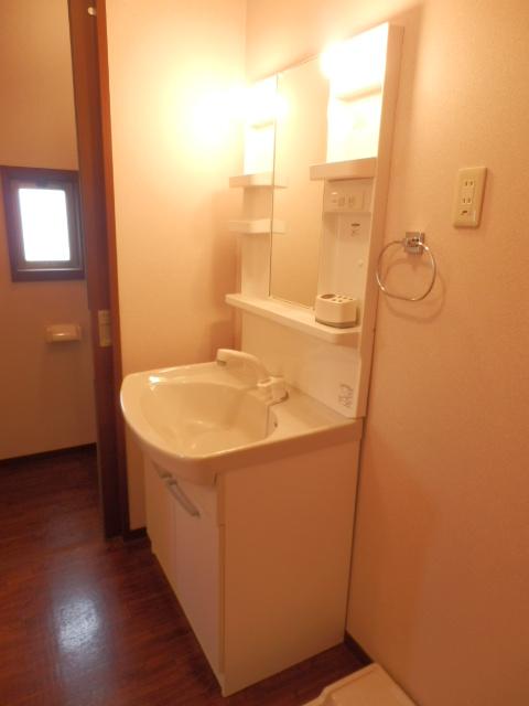 レジデンス・ノヴァH 201号室の洗面所