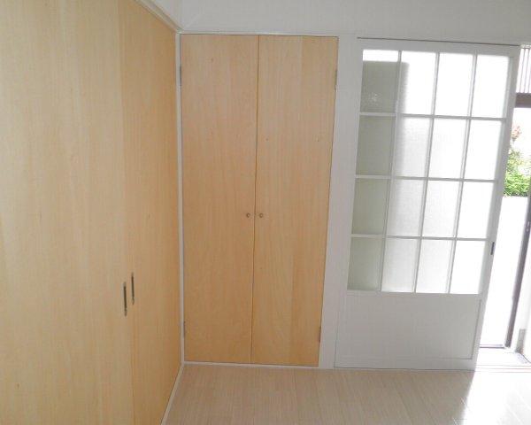 いずみーる 105号室の玄関