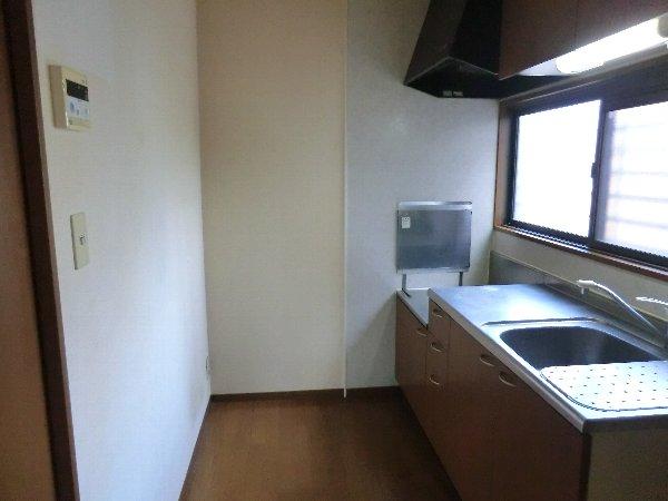 セジュールみなみ西原 A 105号室のキッチン