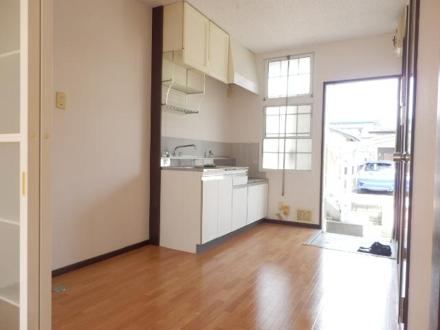 サンハイツ今井 101号室の居室