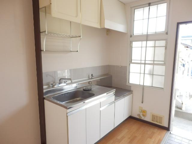 サンハイツ今井 101号室のキッチン