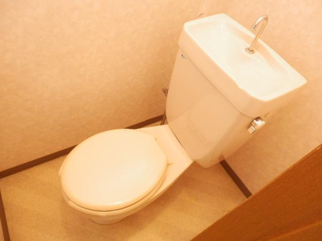 コーポキヌ1 204号室のトイレ