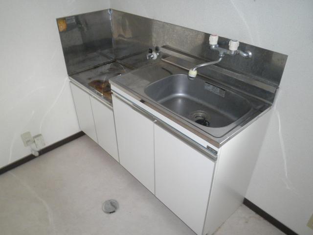 フォレストヒルズ 301号室のキッチン