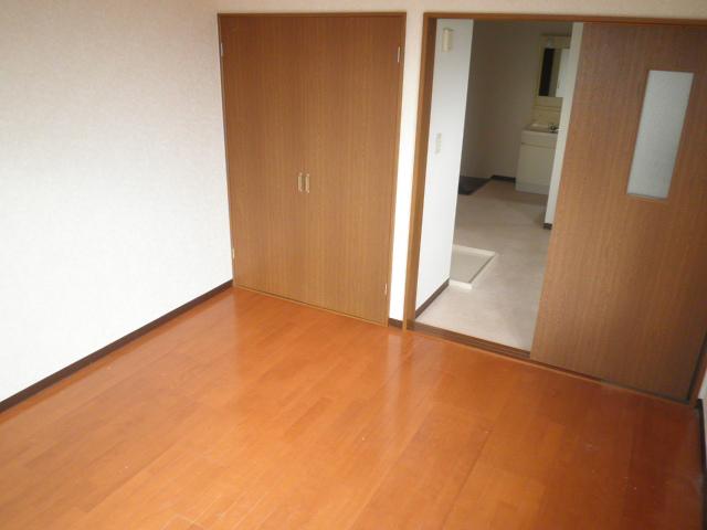 フォレストヒルズ 301号室のリビング