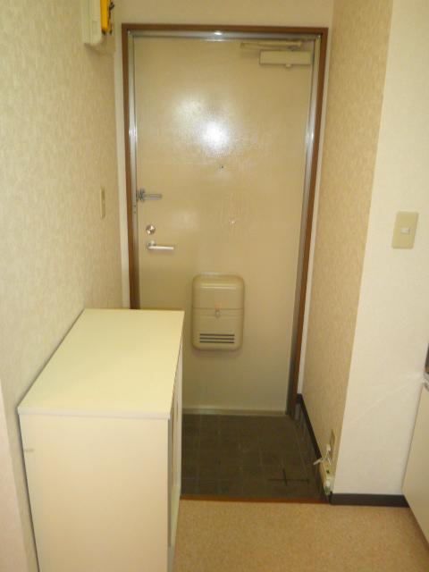 フォレストヒルズ 302号室の玄関