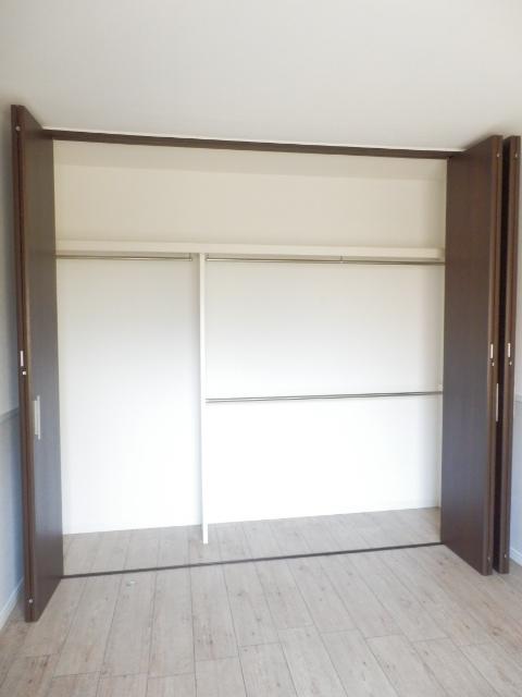 メゾン・イワカミA 101号室の収納